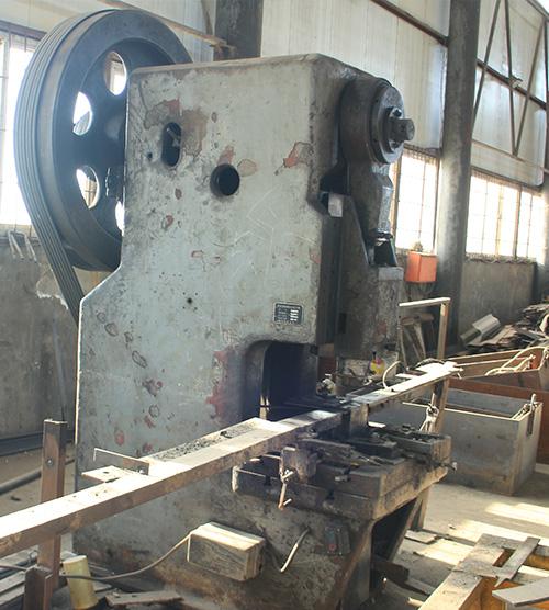 异型钢模板生产设备