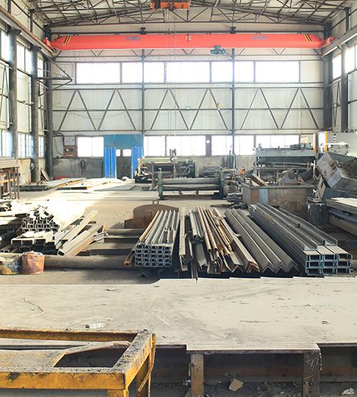 异型钢模板加工场