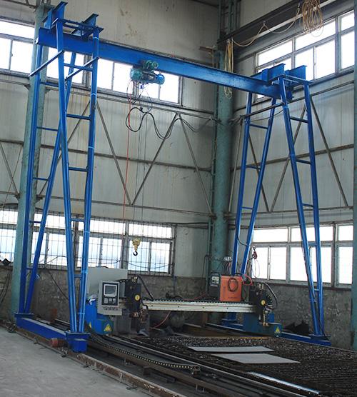 异形钢模板加工厂区